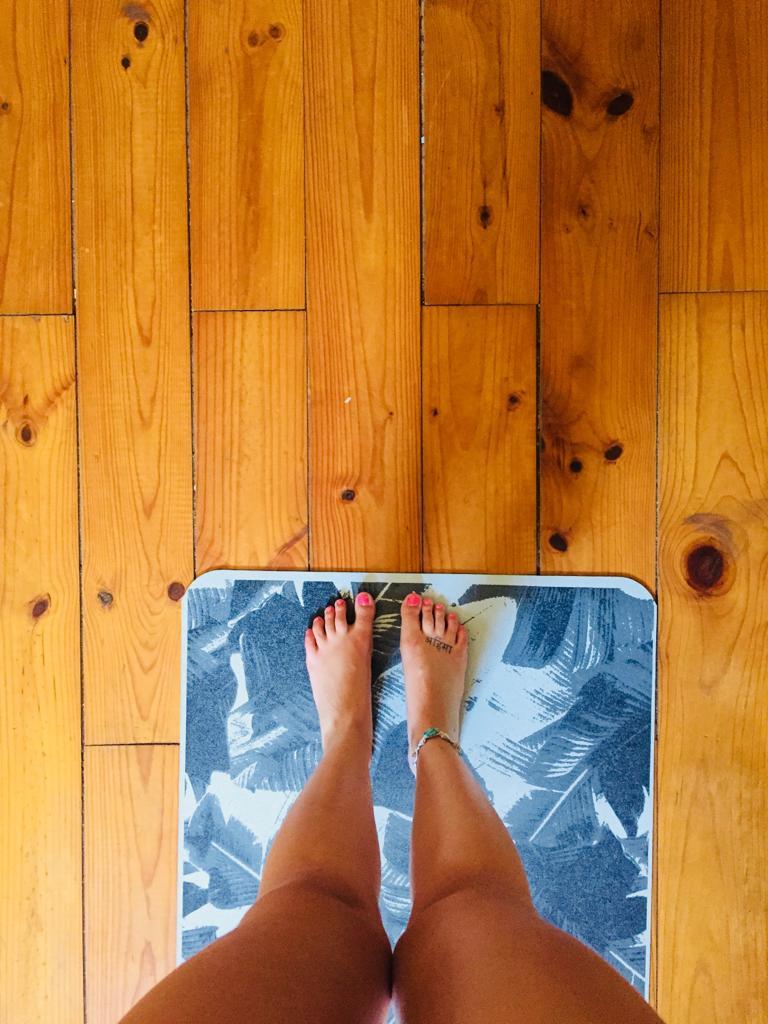¿Qué colchoneta de yoga deberías comprarte?