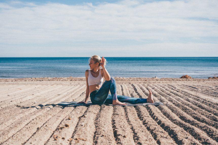 10 beneficios de la práctica de yoga